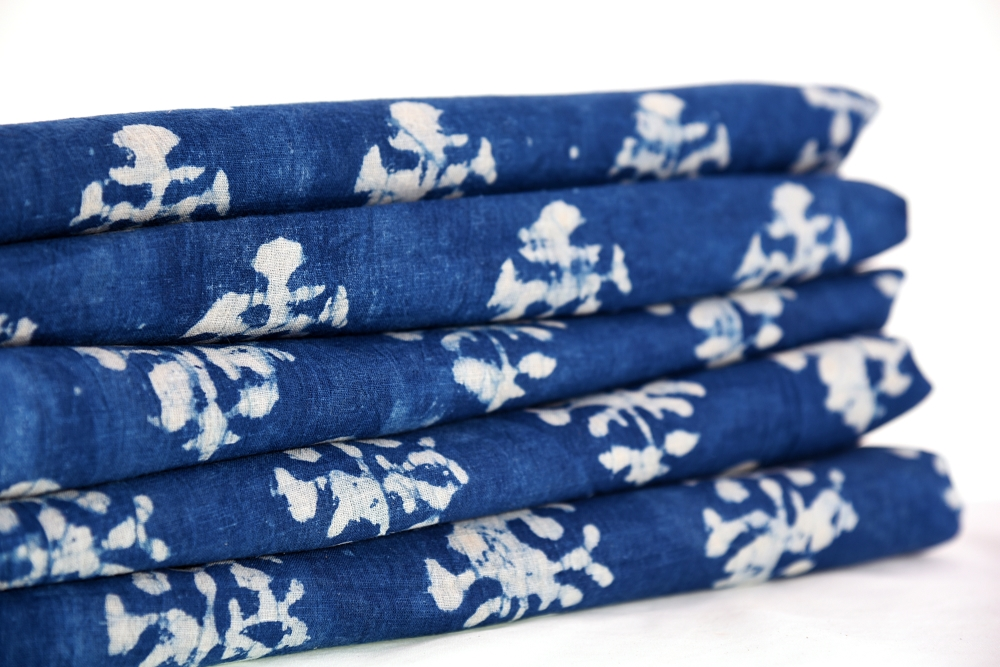 Natural Leaf Floral Sanganeri Print Running Voile Fabric Indian Handmade Cotton Dressmaking Sewing Craft Hand Block Fabric By The Yard